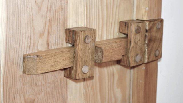 Wooden door Bolt
